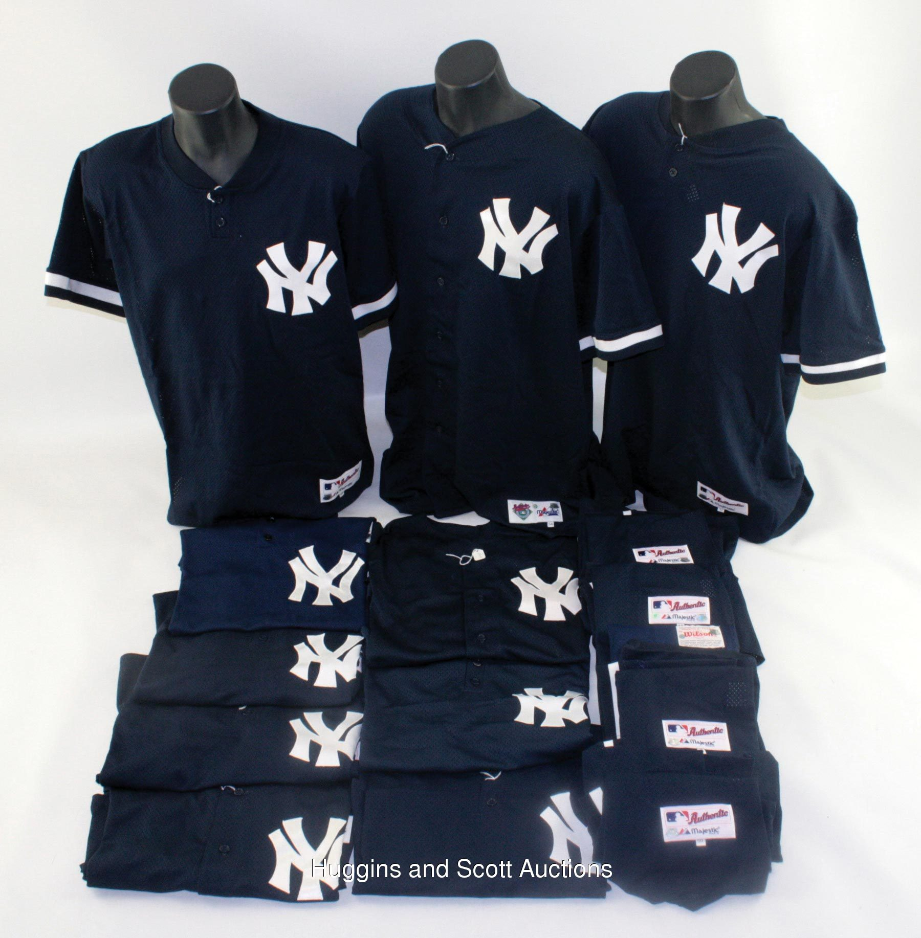 on sale 7c6d5 d3e07 15) New York Yankees Batting Practice and Spring Training ...